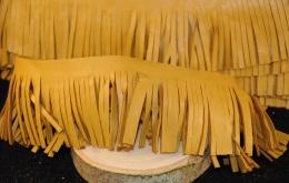 Frange simili cuir 5cm moutarde